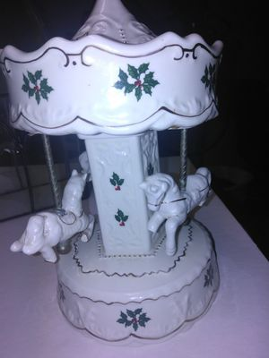 Porcelana y musical for Sale in Anaheim, CA