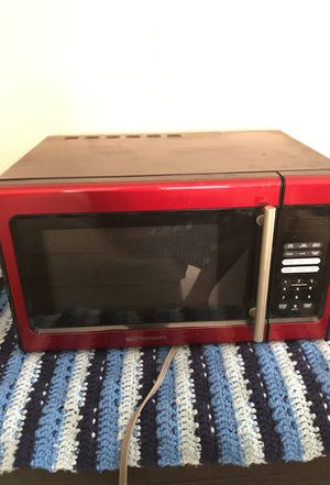 Well working microwave! Hardly used! for Sale in San Diego, CA