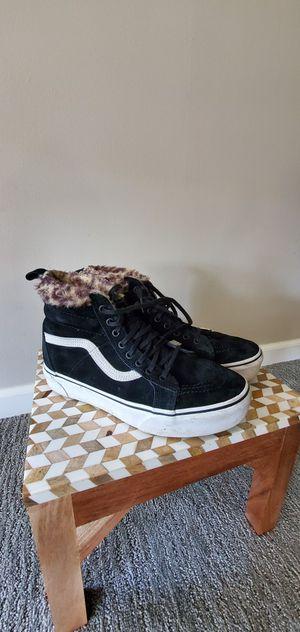 Sk8-Hi Faux Fur Lined Platform Sneaker VANS for Sale in Edmonds, WA