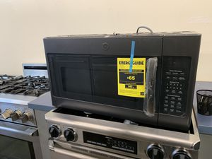 "GE 30"" OVER THE RANGE MICROWAVE- BLACK STAINLESS STEEL for Sale in El Cajon, CA"