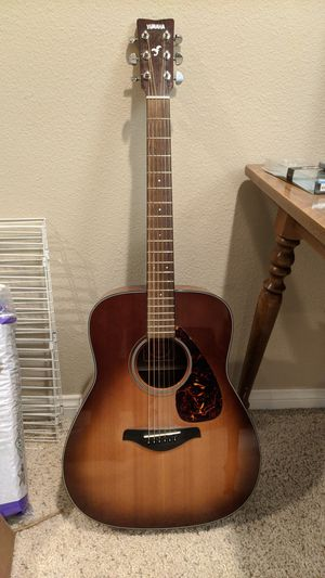 Yamaha FG700S Acoustic Guitar for Sale in Temecula, CA