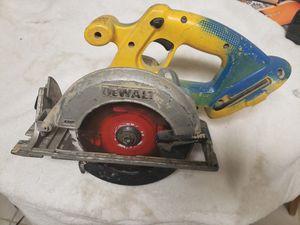 Dewalt XRP 18V 6 1/2 inch circular saw. for Sale in Lansing, IL