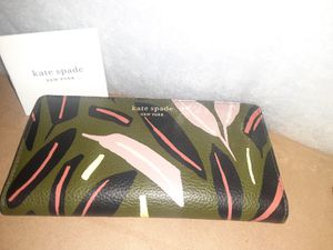 Kate Spade New York women's wallet. Brand new. Perfect condition for Sale in Glendora, CA