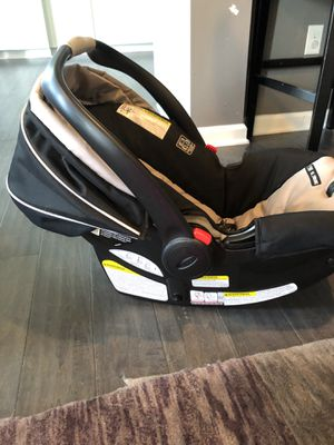 Graco Snugride 35 Car Seat for Sale in Canonsburg, PA