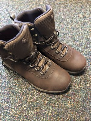 BRAND NEW NEVER WORN HIKING/WORK BOOTS for Sale in Everett, WA