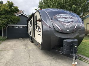 Travel trailer 33' lite for Sale in Renton, WA