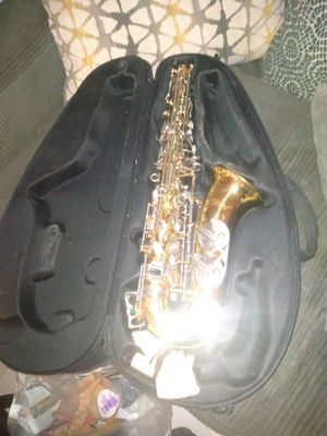 Saxophone with case 100firm for Sale in Pasadena, TX