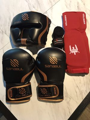Kick boxing gloves and gear for Sale in Austin, TX