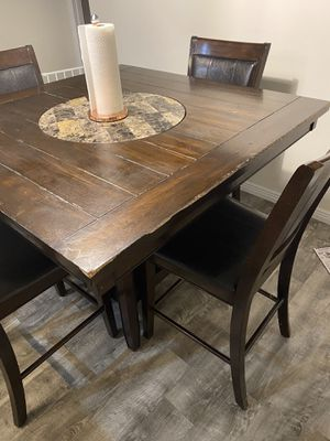 4 chair dining table need some refinishing for Sale in West Valley City, UT