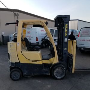 Hyster 8000 Capacity Cushion Forklift for Sale in Dallas, TX