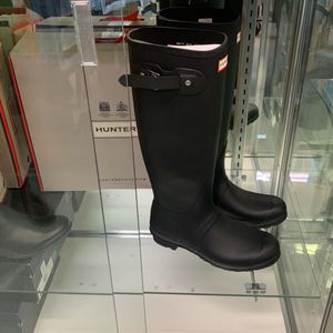 Brand new Hunter Rain Boots Short & Tall for Sale in Fort Lauderdale, FL