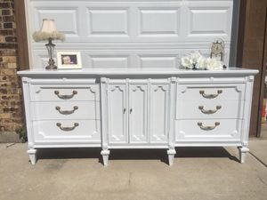 SALE!!! Dresser/Buffet/TV Console/Baby Changing Table for Sale in Glendale Heights, IL