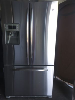GE Profile french door fridge FREE DELIVERY for Sale in Tempe, AZ