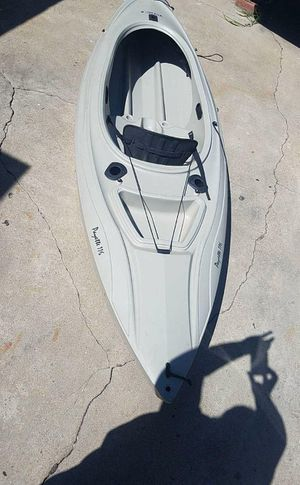 Lifetime Payette 116 Sit In Angler Kayak 9 Foot 8 Inches $500.00 for Sale in Gardena, CA