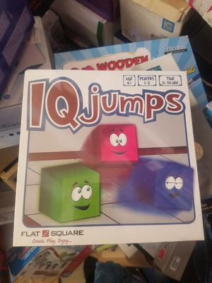 IQ jumps flate square puzzle game for Sale in Hawthorne, CA