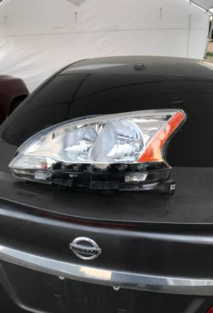 Nissan Sentra headlamp for Sale in Chino, CA
