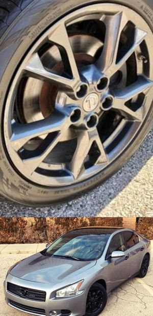 Price$1200 Nissan Maxima for Sale in Penbrook, PA