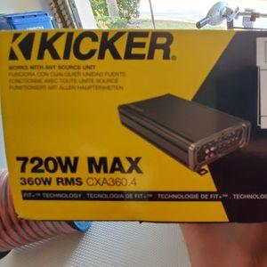 Kicker Amp And Install Kit w/ Wire for Sale in Bradenton, FL