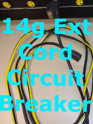 WITH CIRCUIT BREAKER IN PLUG OF POWERFUL 14 GAUGE OUTDOOR EXTENSION CORD for Sale in Glen Ellyn, IL