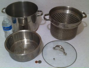 Vintage Metal Stainless Steel and Copper Stock Pot, Strainer, Glass Lid, Revere Ware, 10 Quart, 4 Piece Set, Kitchen Decor, Shelf Display, This Can Be for Sale in Lakeside, CA