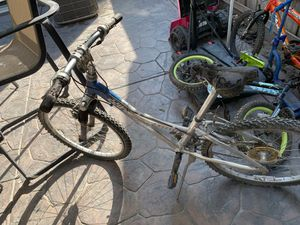 Trek bike 🚲 and 2 more magna for Sale in Lathrop, CA
