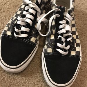 Almost new checkered Vans size 9.5 for Sale in Cupertino, CA