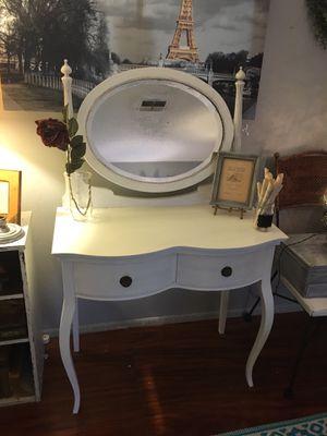 White antique vanity for Sale in FL, US
