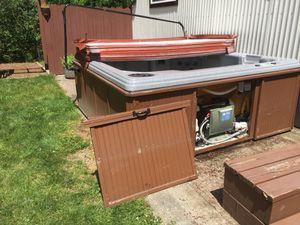 FREE Working Hot Tub for Sale in Bonney Lake, WA