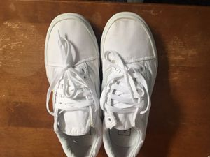 All white Old skool off the wall vans for Sale in Manteca, CA