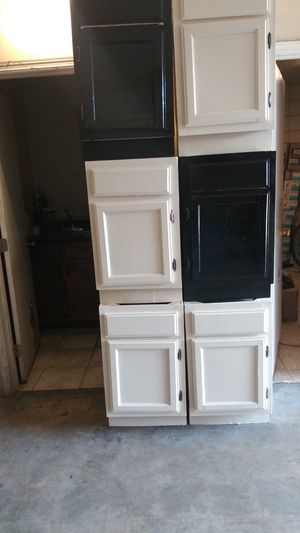 Restroom cabinets for Sale in Los Angeles, CA