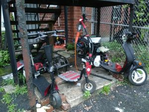 Scooter and moped (whole or parts) *mechanic special for Sale in Washington, DC