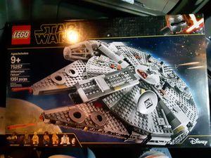Lego Star Wars Millennium Falcon for Sale in Duvall, WA