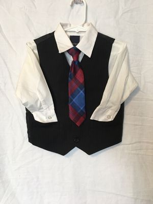 Boys 2T formal wear. 3 piece suit for Sale in Sioux Falls, SD