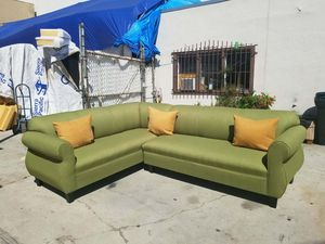 NEW 7X9FT PAULINE LIME FABRIC SECTIONAL COUCHES for Sale in Las Vegas, NV