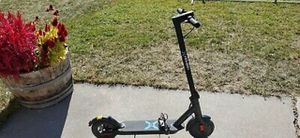 X HOVER-1 FOLDABLE ELECTRIC SCOOTER for Sale in Fort Smith, AR