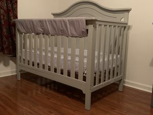 Convertible Gray Crib 4-1. Catania collection used only 8 months. for Sale in Canton, MI