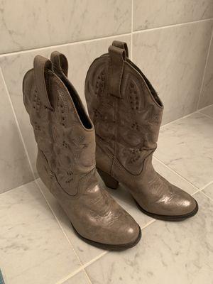 Girl MIA Metallic Larue cowboy boots, size 8 for Sale in Washington, DC
