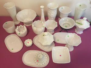 Collectibles Milk Glass Pieces for Sale in Warren, MI