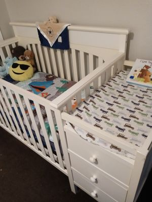 Baby crib for Sale in San Antonio, TX