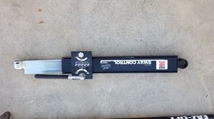 E-Z Lift Weight Distribution Hitch for Sale in San Bernardino, CA