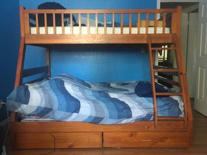 Bunk bed for Sale in Clovis, CA