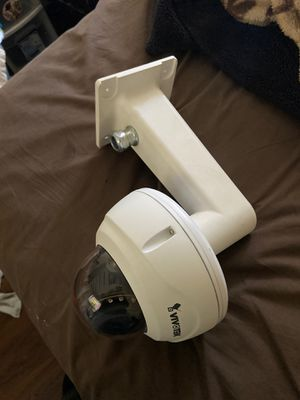 Vivotek 5mp ip camera with exterior mount for Sale in Compton, CA