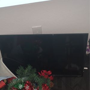 32 Inch Tv for Sale in Tampa, FL