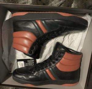 Gucci praga karibu calfskin size 10 for Sale in Lorain, OH