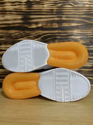 NEW SZ 10 MEN'S NIKE AIR EDGE 270 BASKETBALL Black Orange White AQ8764-001 for Sale in Hialeah, FL