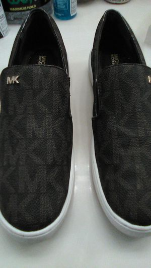 MK SNEAKERS for Sale in Haines City, FL