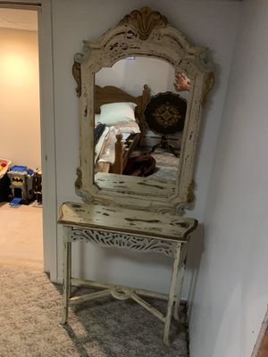 Console table and mirror for Sale in Mineola, NY