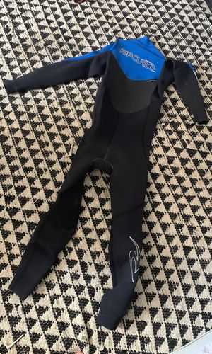 Rip curl 4/3 front zip wetsuit for Sale in Chesapeake, VA