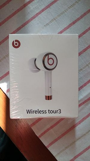 Beats wireless tour3 for Sale in Cypress, CA