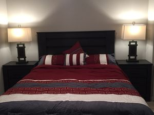 Queen bed Set from Ashley Furniture for Sale in Los Angeles, CA